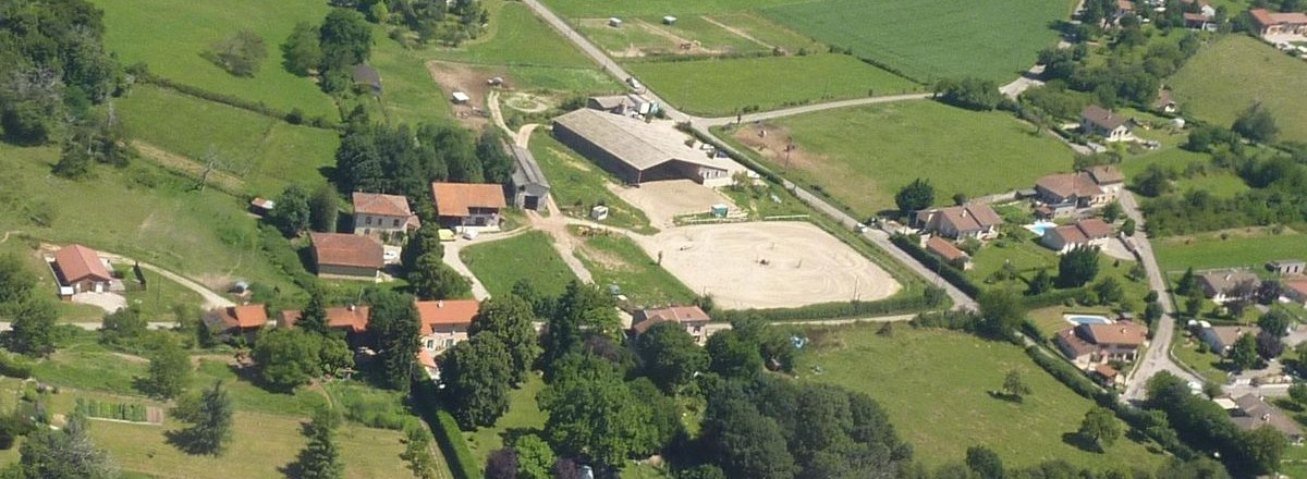 vue-aerienne-centre-equestre-faramans